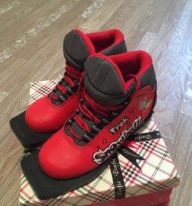 Лыжные ботинки,33 размер ноги