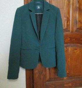 Жакет 42-44 зелено-гоубого цвета