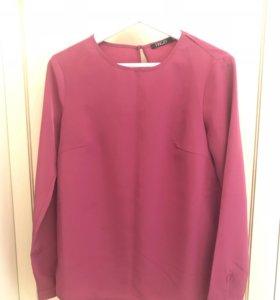 Блузка цвета фуксия