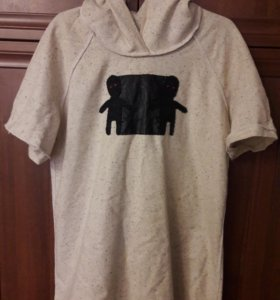 Дизайнерская футболка с капюшоном