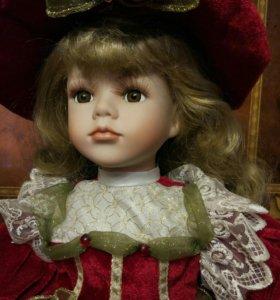 Кукла фарфоровая коллекционная Remeco