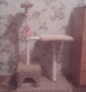 Когтеточка с домиком для кошки