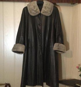 Пальто женское кожаное