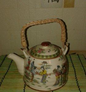 Китайский фарфоровый чайник