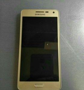 Телефон Samsung A5 2015 16Gb