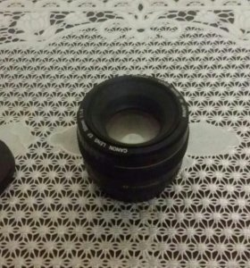 Объектив Canon EF 50mm 1:1.4