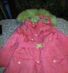 Куртка на девочку 5-6 лет