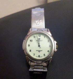 Часы кварцевые наручные perfect