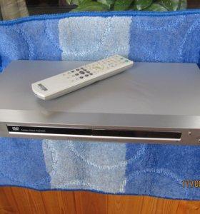 DVD плеер Sony DVP-NS52P