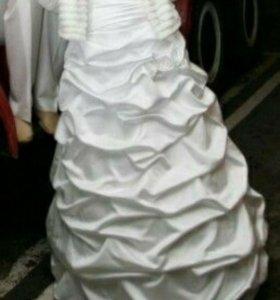 Свадебное платье на 2 кольцах, атлас,
