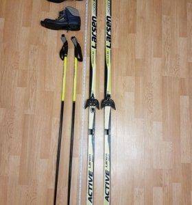 Лыжи беговые с ботинками и палками