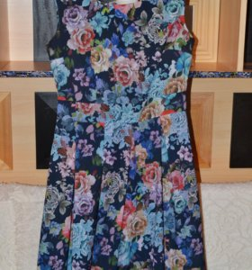 Платье летнее 44 размер