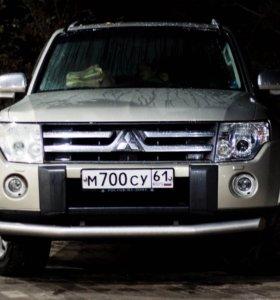 Mitsubishi pajero suv 4 2007
