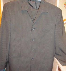 Мужской костюм двойка (пиджак и брюки)