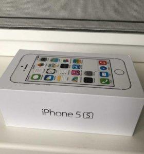 Коробка iPhone 5s серебро оригинал