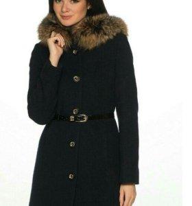 Пальто зимнее. Состав шерсть.