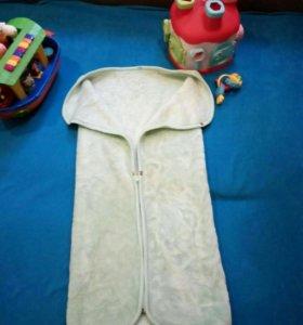 Одеяло-конверт и полотенца с уголком