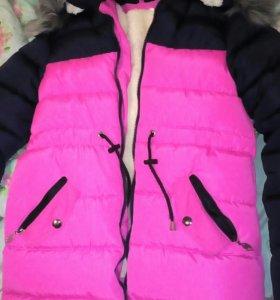 Куртка зимняя xs (пуховик)