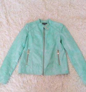 Куртка Acoola на рост 155-165