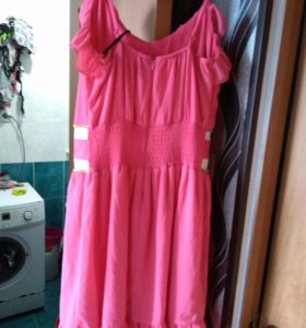 Продам новое платья