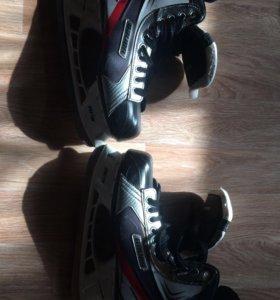 Хоккейные коньки Bauer vapor Х 1.0