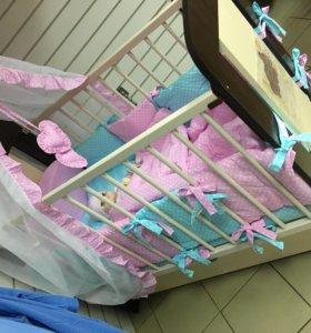 Кроватка от рождения до трех лет