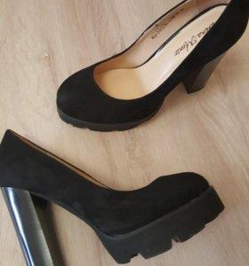Новые туфли 36р