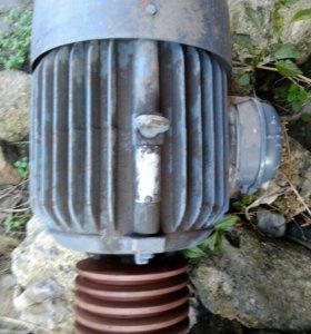 Двигатель 4 квт 1420об мин