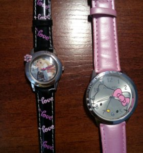 Часы Китти и Барби