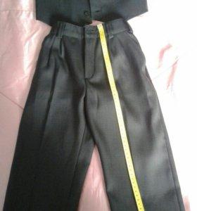 Костюм двойка - брюки, жилетка