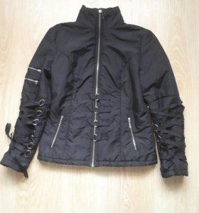 Продается женская весенняя куртка