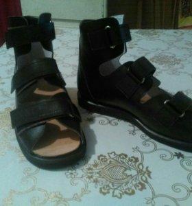 Летняя ортопедическая новая обувь