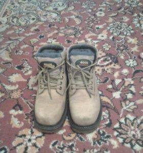 Фирменные ботинки ECCO, зима