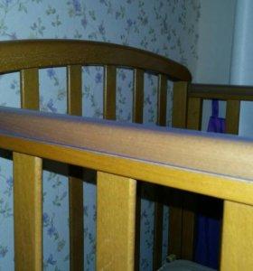 Кровать-маятник детская