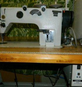 Швейная машина 1022М