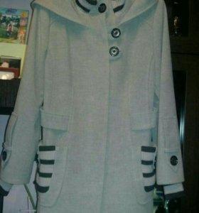 Продам очень красивое пальто !