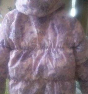 Куртка детская,на 7-8 лет,для деаочки