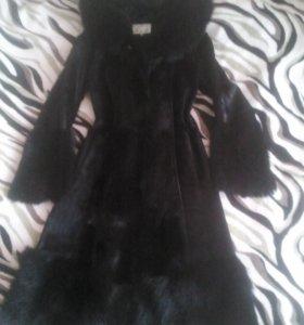 Меховое пальто, очень красивое ( шубка)