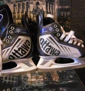 Новые хоккейные коньки MaxCity Ottawa