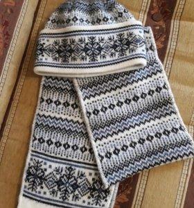 Комплект шапка+шарф. Новый.