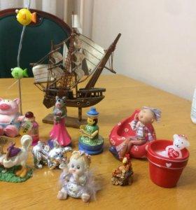 Сувениры, фигурки, статуэтки