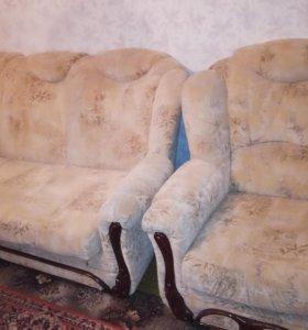 Диван раскладной+2 кресла