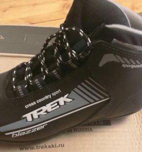 Ботинки лыжные новые,38 размер