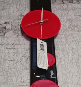 Часы, стекло. Производство Венгрия
