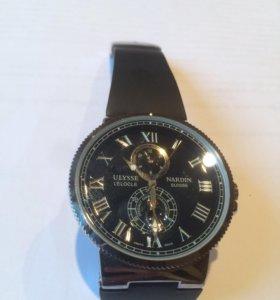 Часы Ullise Nardin