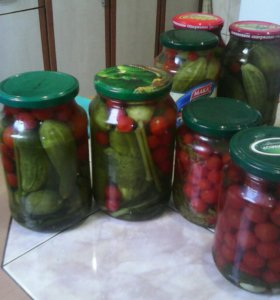 Маринованные огурцы, помидоры 0,7-0,8л