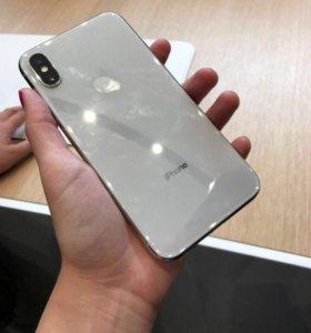 IPhone X на 64гб ,запечатан производителем Apple