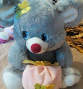 Мышка и кукла