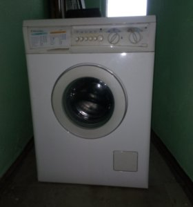 Стиральная машинка electrolux EW 1063 S.