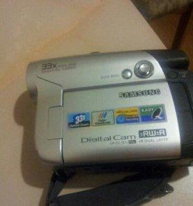 Видеокамера на минидивиди дисках
